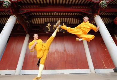 رهبان الشاولين في الصين هم الاكثر تقدماً في فنّ الكونغ فو.