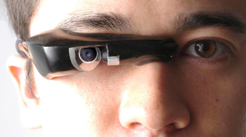نظارة آي-تاب الالكترونية التي سنرى المزيد منها في العام 2014