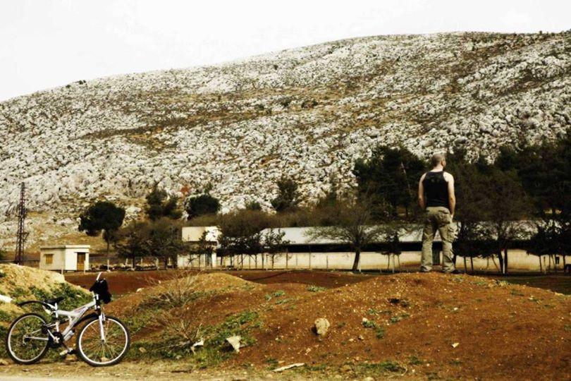 ركوب الدراجة في سهل البقاع في لبنان هو من أجمل النزهات على الدراجة في العالم. الصورة بعد نزهة على الدراجة في قريتي.
