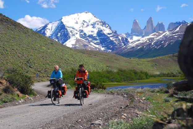 """الدراجة هي وسيلة تنقل شعبية لدى محبّي """"السفر البطيء"""""""